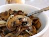 Pan-fried Mushrooms with Onion (Przeni Pechurki)